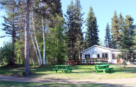 Seven-spruce-golf-course-club-house