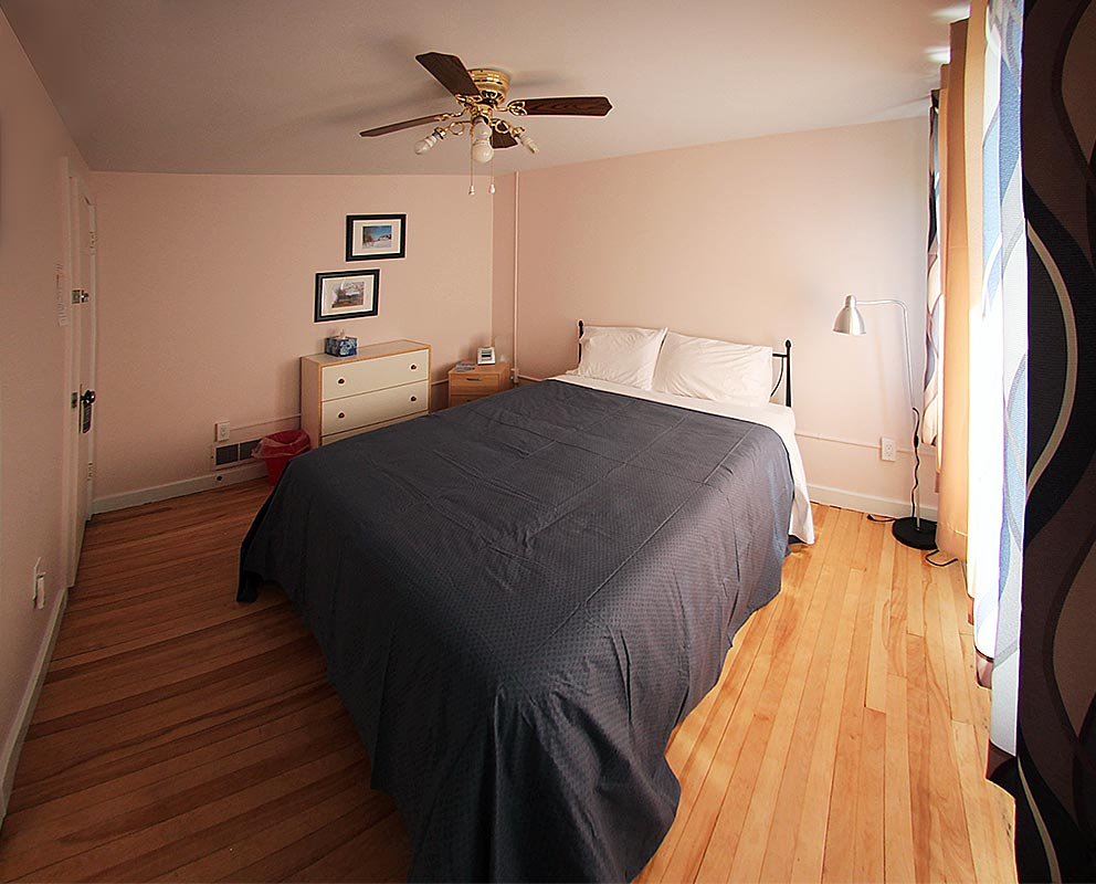janor-guest-house-bedroom-1